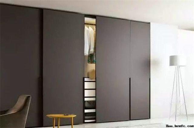 嵌入式衣柜:空间扩容好帮手